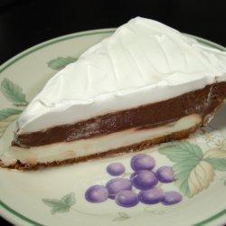 Mud Pie With Vanilla Wafer & Pecan Crust recipe