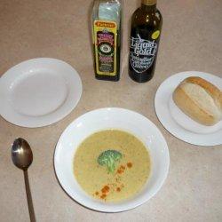 Islander Broccoli and Cheddar Soup recipe