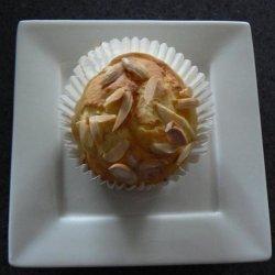 Peaches N Cream Muffins recipe