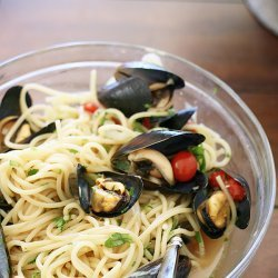 Mussels With Fennel and Garlic recipe