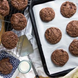 Chewy Chocolate Cherry Cookies recipe