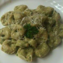 Cheese Tortellini With Walnut Pesto recipe