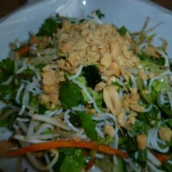 Bun Chay (Vietnamese Veggie Rice Vermicelli Salad) recipe
