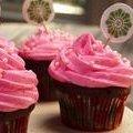 Chocolate Birthday Cupcakes with Vanilla Frosting (Paula Deen) recipe