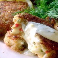 Paula Deens Crab Cakes recipe