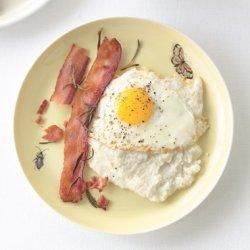 Creamy Grits with Rosemary Bacon recipe