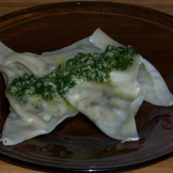 Chevre And Spinach Wonton Ravioli With Fresh Parsl... recipe