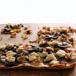 Caramelized-Onion Pizza with Mushrooms recipe