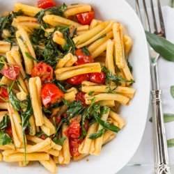 Penne with Arugula and Tomatoes recipe