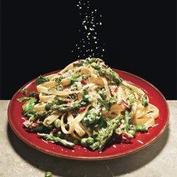 Fettucine with Peas, Asparagus, and Pancetta recipe