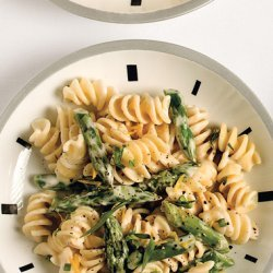 Pasta with Goat Cheese, Lemon, and Asparagus recipe