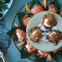 Smoked Salmon with Horseradish Cream recipe