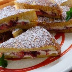Strawberry & Cream Cheese Stuffed French Toast recipe