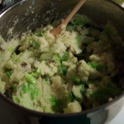 Potato Cabbage And Broccoli Colcannon Mash recipe