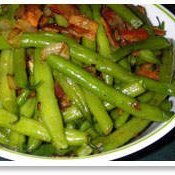 Green Beans With Roasted Peppers And Bacon recipe
