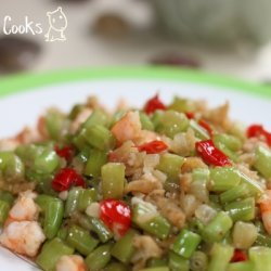 Stir Fry French Beans With Diced Prawn And Sweet C... recipe