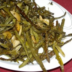Slow Roasted Green Beans With Garlic recipe