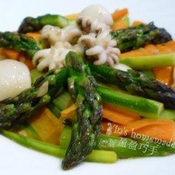Asparagus Thai Style With Squids recipe