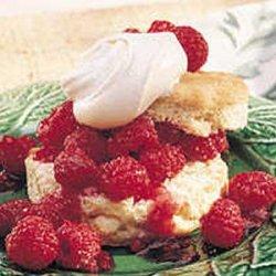 White Chocolate Shortcakes With Raspberries recipe
