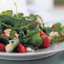 Strawberry and Arugula Salad with Hazelnut Dressing recipe