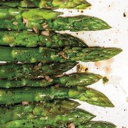 Steamed Asparagus with Shallot Vinaigrette recipe