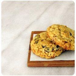 Almond Toffee Oatmeal Cookies recipe