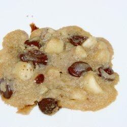 Triple Macwalcan Chip Cookies recipe