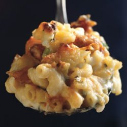 Mac and Cheese with Buffalo Chicken recipe