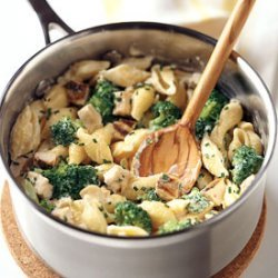Mac and Cheese with Chicken and Broccoli recipe