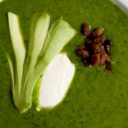 Chilled Spinach Soup With Avocado And Bacon Crunch... recipe