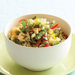 Orzo with Peppers and Asparagus recipe