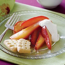 Spiced Pears with Cream recipe