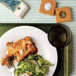 Slow-Cooker Spinach and Ricotta Lasagna With Romaine Salad recipe