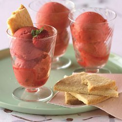 Fresh Strawberry Sorbet with Shortbread Cookies recipe
