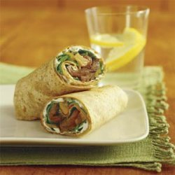 Sliced Filet Mignon Wrap with Pear-Onion Relish and Blue-Cheese Dressing recipe