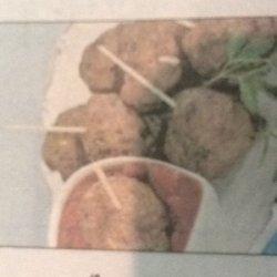 Cocktail Meatballs with Cranberry Marinara recipe
