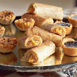 Apple and Cream Cheese Roll-Ups recipe