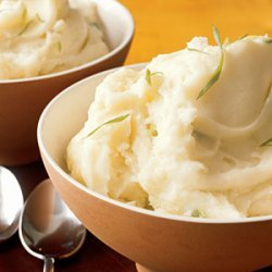 Mashed Sour Cream and Scallion Potatoes recipe