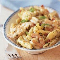 Shrimp and Pasta with Creamy Pesto Sauce recipe