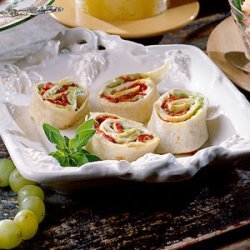 Roasted Red Pepper Rollups recipe