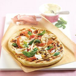 Grilled Pizza with Onions and Prosciutto recipe