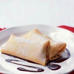 Crepes with Bananas and Hazelnut-Chocolate Sauce recipe