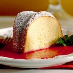 Sour Cream Pound Cake With Raspberry Sauce recipe