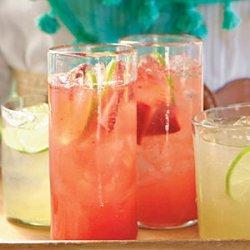 Strawberry Margarita Spritzers recipe