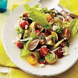 Fig, Tomato, and Sweet Onion Salad recipe
