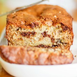 Banana Bread with Chocolate Chips and Walnuts recipe
