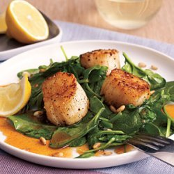 Scallops with Spinach and Paprika Syrup recipe