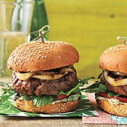 Burgers with Blue Cheese Mayo and Sherry Vidalia Onions recipe