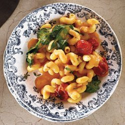 Blush Mac and Cheese with Tomatoes recipe