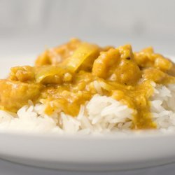 Yellow Curry Chicken (Gaeng Garee Gai) recipe